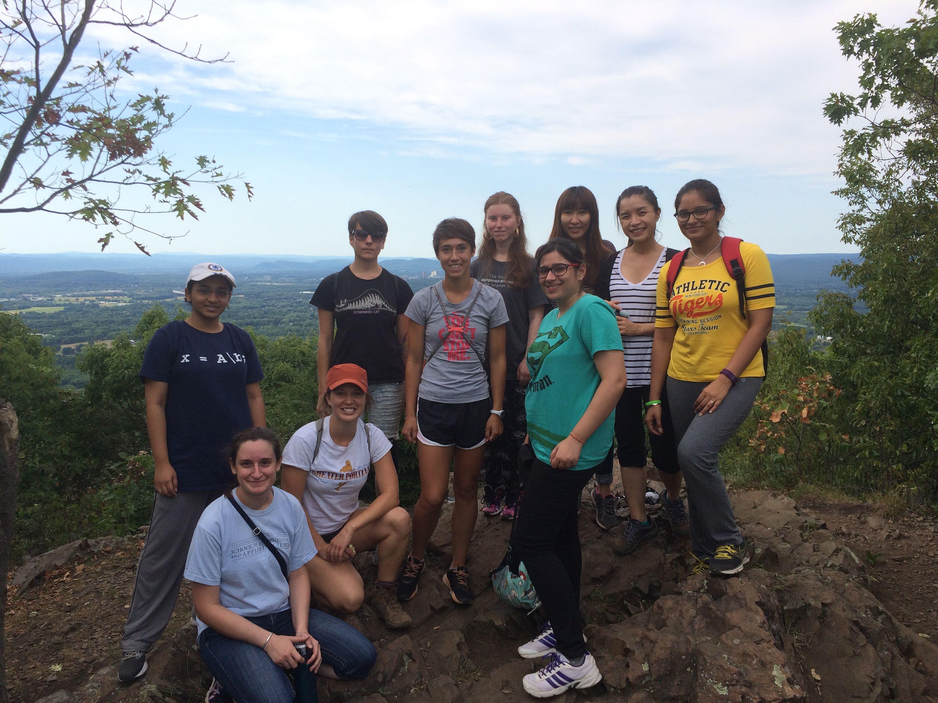 CSWomen hikes Mt. Norwottuck from the Notch